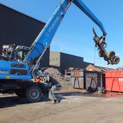 Foulds Crane Moving Car Frame
